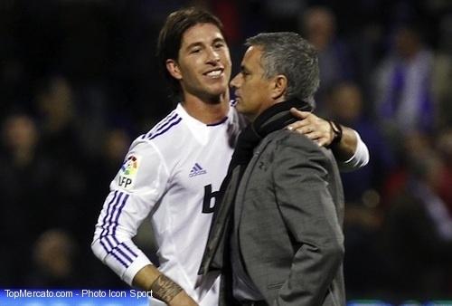 "Real Madrid : Ramos trouve Mourinho ""bizarre"""