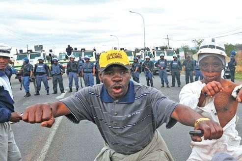 Les mineurs de Marikana ne désarment pas
