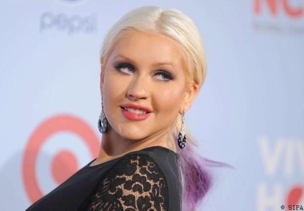 Shakira remplace Christina Aguilera dans The Voice