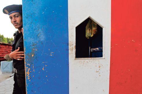 Caricatures: la France en alerte dans vingt pays