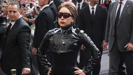 """Lady Gaga """"Ce que pense le pape de l'homosexualité n'intéresse personne"""""""