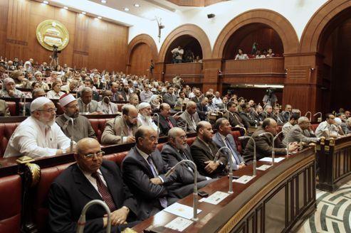 En Égypte, la bataille de la Constitution a commencé