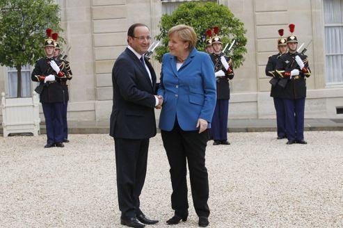 Berlin sceptique sur la mue de Hollande en réformateur