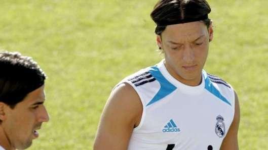 Real Madrid : Özil joue-t-il avec le feu ?