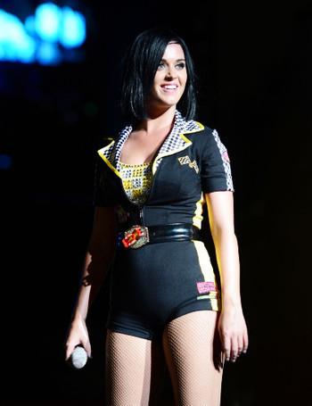 Katy Perry élue femme de l'année par Billboard