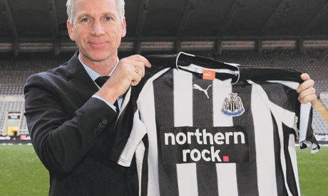 Officiel : Pardew signe un contrat de... 8 ans avec Newcastle !