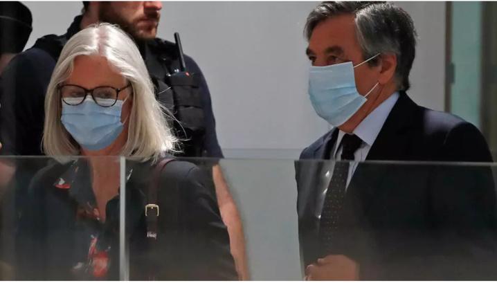 Soupçons d'emplois fictifs: François Fillon condamné à 5 ans de prison dont deux ferme