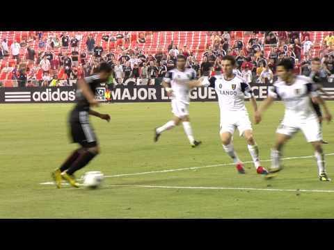 Man Utd : la jeune recrue Henriquez fait déjà sensation