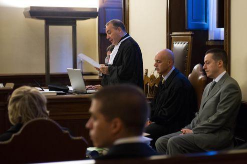 Vatican : reprise du procès éclair du majordome du Pape
