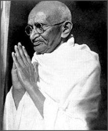 Non violence dans le monde: Mahatma Gandhi en exemple