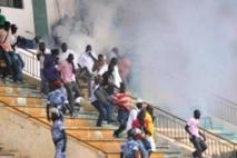 Urgent : Intifada au stade Demba Diop, le JET des prières fait plusieurs bléssés
