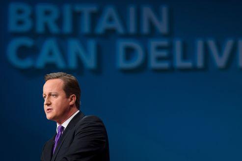 David Cameron promet des temps «douloureux»