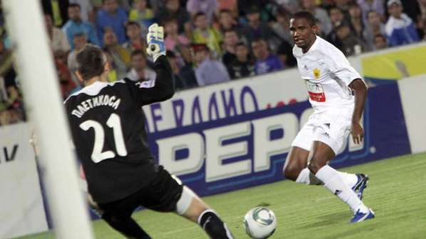 Samuel Eto'o savoure son aventure à Anzhi et juge le PSG nouveau