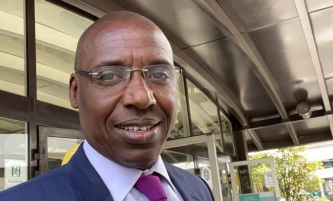 Afrique-France: Yaya DIALLO, le lobbyiste sénégalais qui murmurait dans l'oreille de Hollande, écrit au Président Emmanuel MACRON