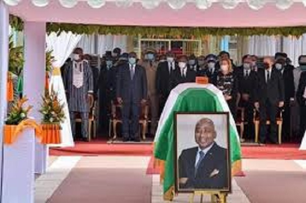 Hommage au Premier ministre ivoirien : le président Macky Sall était hier à la cérémonie
