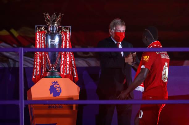 Premier League: Sadio Mané sacré, félicité par cette légende du club