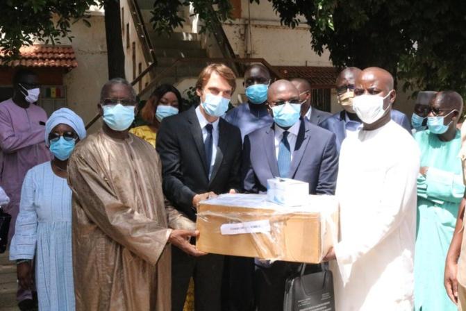 Riposte Covid-19: 100 000 masques chirurgicaux offerts au département de Rufisque