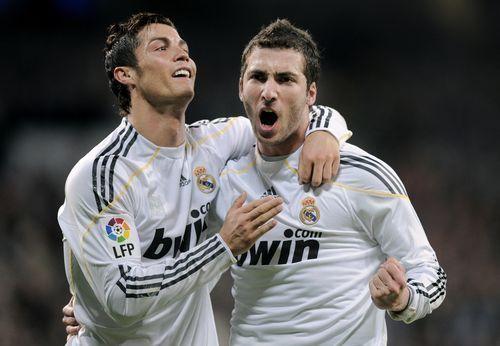 Real Madrid : Cristiano Ronaldo et Higuain explosent Majorque !
