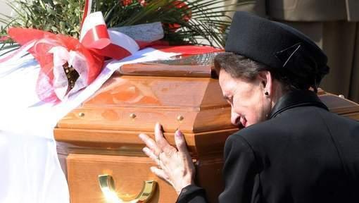 Crash de Smolensk: l'ex-président polonais en exil Kaczorowski ré-enterré
