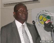 L'Etat et la FSF ont intérêt à ce que les Lions jouent le 14 novembre, selon Me Augustin Senghor