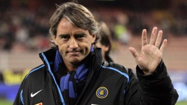Man City : Mancini dément la rumeur Suarez