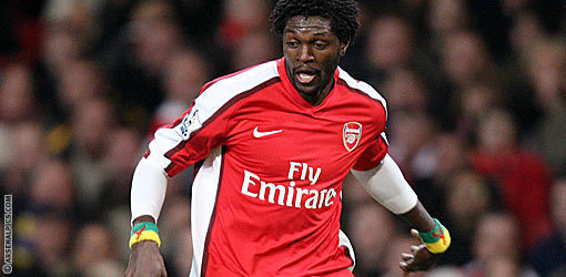 Tottenham : Adebayor tacle la politique d'Arsenal