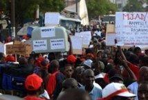 Les ex travailleurs de « Sénégal Equipe » ruent dans les brancards