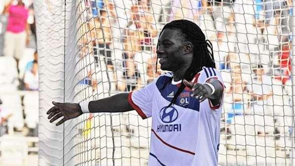 L'OL domine Reims et prend les commandes de la Ligue 1 !