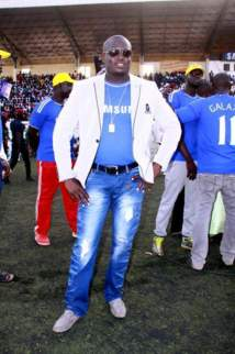 Aziz Ndiaye brise le pacte sur le plafonnement des cachets des lutteurs