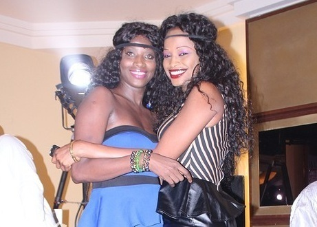 "Ndèye Guèye et Mbathio Ndiaye ""gâtent"" les lutteurs avec leurs tenues trop sexy"