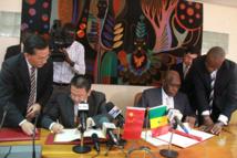 La Chine, géant du commerce et de l'aide publique en Afrique