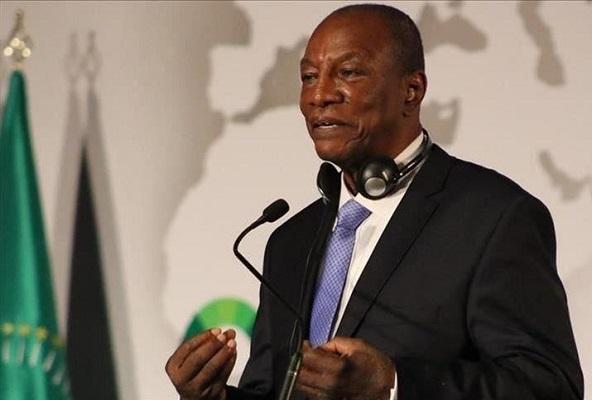 Un 3e mandat pour Alpha Condé: ne pas le faire serait un «péché impardonnable » pour la Guinée, selon ses partisans mobilisés à Dakar