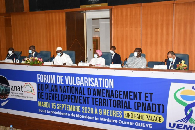 FORUM PNADT - Oumar Guèye invite les institutions de la République à accompagner son département à l'aboutissement de la LOADT