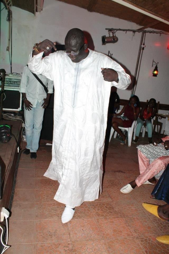Mbaye Sène, Quand boite de nuit  rime avec boubou traditionnel