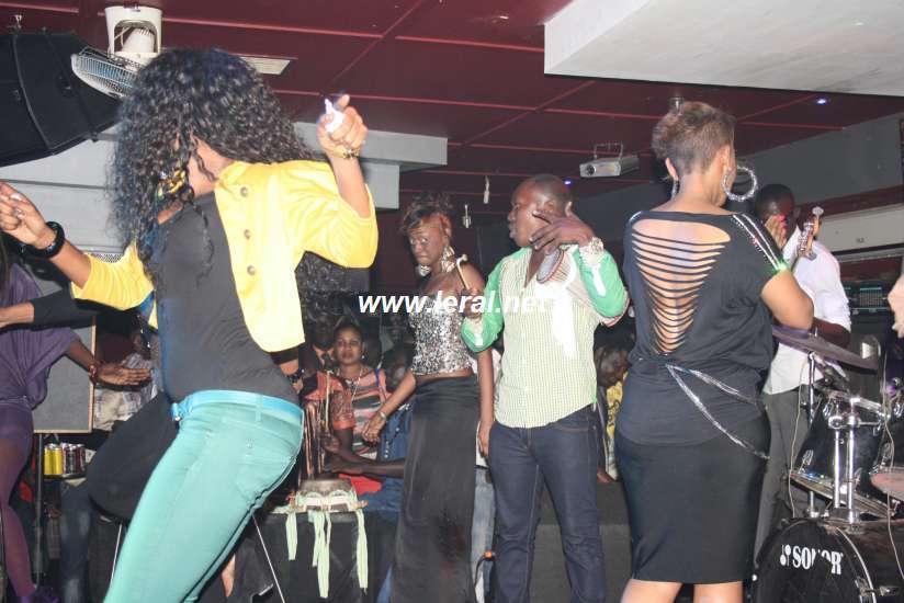 Mbathio N'diaye s'éclate au Nirvana 5 jours après la parution de ses photos sur le net