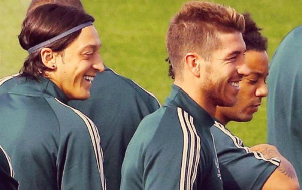 Real Madrid: L'incroyable crash d'Özil et Ramos