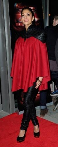 PHOTO Nicole Scherzinger se prend pour un super héros !