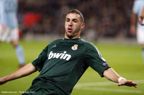 Real Madrid: Benzema croit encore au titre