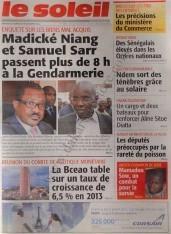 A la Une du Journal Le Soleil du Samedi 08 Décembre 2012