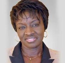 Mimi Touré pour l'augmentation des filles dans les filières scientfiques