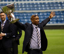 Elhadji Diouf signe un contrat de 18 mois avec Leeds United