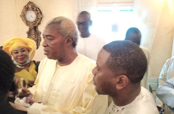 Bonne couverture DMédia du Grand Magal: Bougane Guèye Dany en visite et quête de bénédiction chez les guides religieux