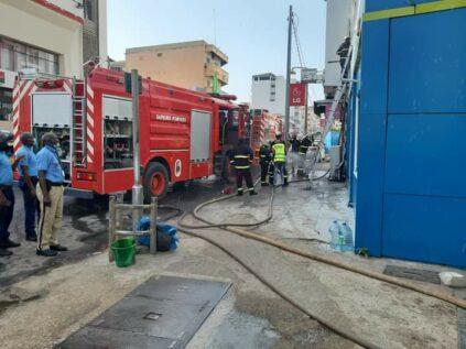(PHOTOS): Incendie à l'agence Ecobank de Faidherbe