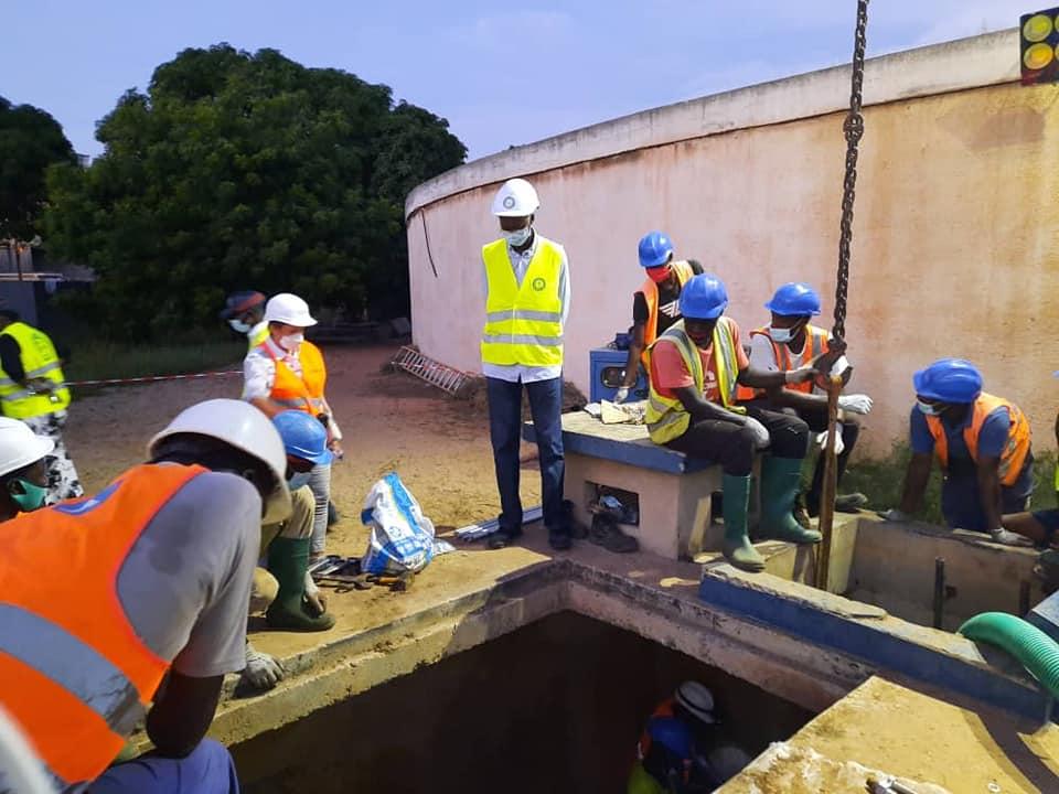 OPÉRATION DE RENOUVELLEMENT DE PIECES A L'USINE DU POINT B (Dakar, Front de Terre)