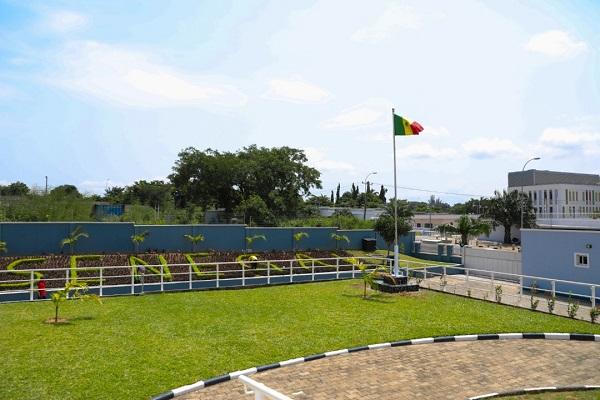 Visite de travail du Président Macky au Nigéria : les images d'un joyau, la nouvelle chancellerie du Sénégal à Abuja