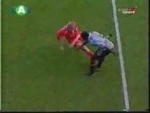 [VIDEO] Meilleur compile de bagarre dans le foot