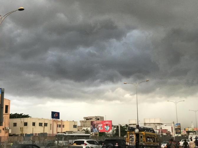 Journées et nuits chaudes: l'Agence météorologique alerte sur l'émission de gaz à effet de serre