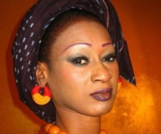 """Mariatou Cissokho, chanteuse: """"J'ai eu à me marier plusieur fois, dou bene dou niarr"""""""