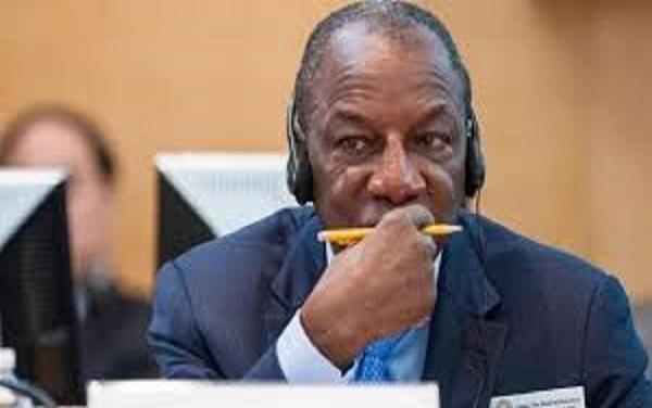 La Société Civile Sénégalaise sur la situation en Guinée : «Pour un troisième mandat illégal, Alpha Condé plonge son pays dans le chaos»