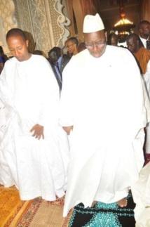 """Sermon de la famille Omarienne à Macky  Sall : """"Dieu fera porter aux dirigeants voleurs leurs butins devant tous les fidèles en guise de châtiments"""""""